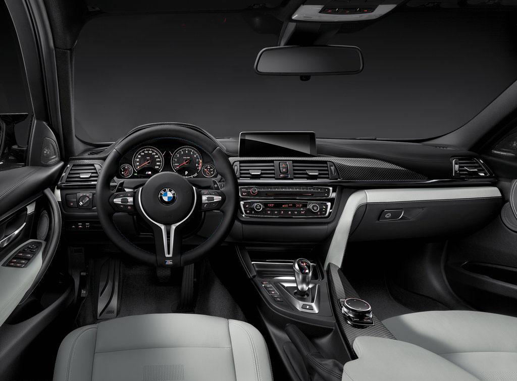 BMW-M3_Sedan_interior_1